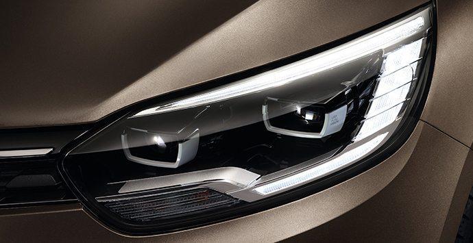 Voorlicht Renault Grand SCÉNIC